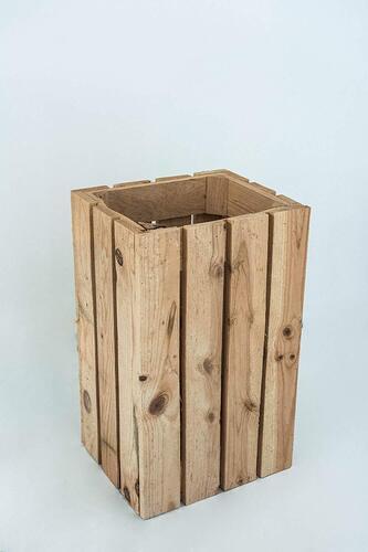 paraguero de madera envejecida
