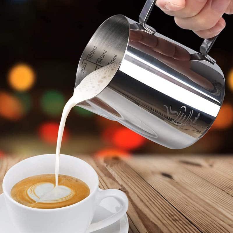 jarra de leche espuma cafetera express