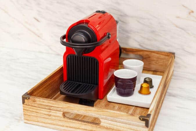Mejores cafeteras Nespresso guia de compra De'Longui Inissia