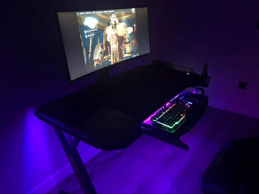 luces RGB mesa gaming