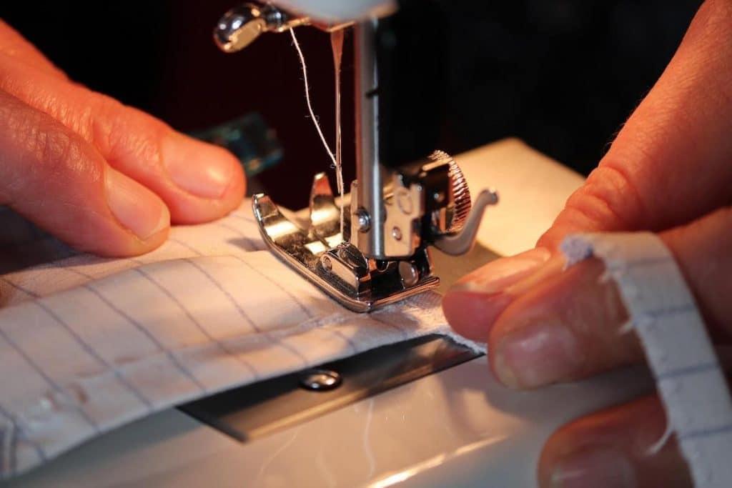 tipo maquina coser 2