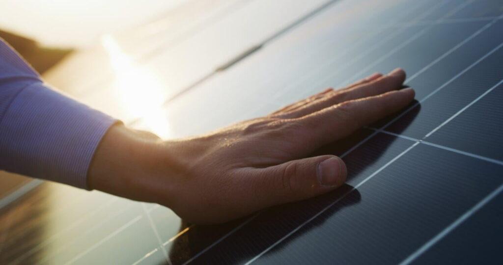 aire acondicionado con panales solares