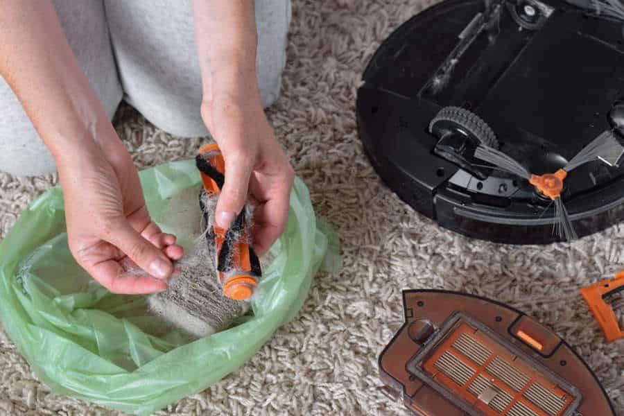 Limpieza cepillos robots aspirador