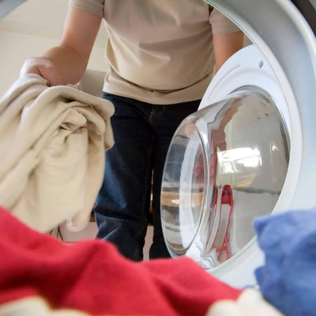 Cómo limpiar la lavadora imagen destacada